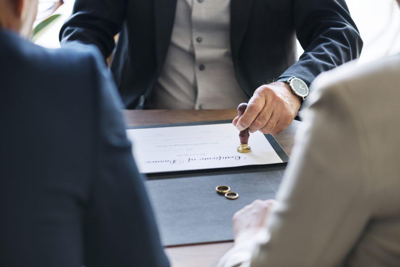 Çekişmeli Boşanma, Erzincan Avukat, Erzincan Hukuk Bürosu